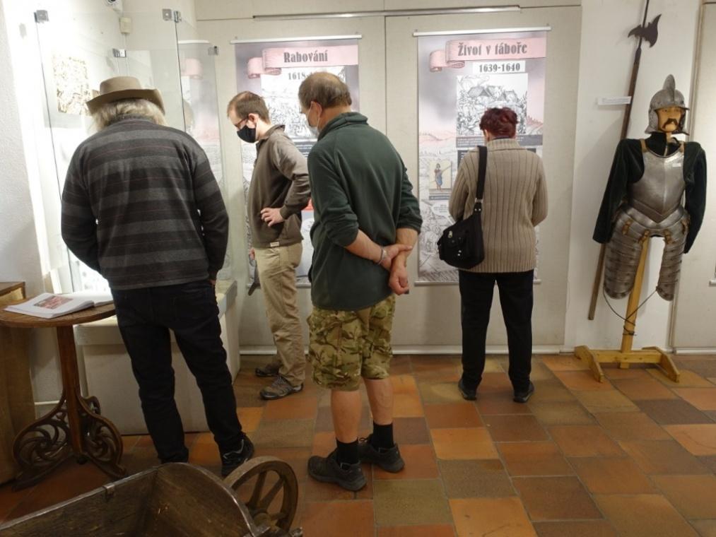 2020-12-05-Brandys-vystava-010