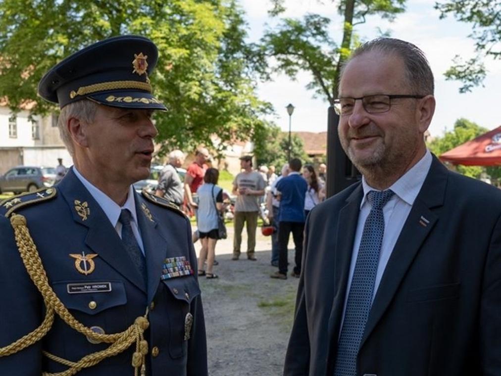 2020-06-27-Police-zahajeni-expozice019